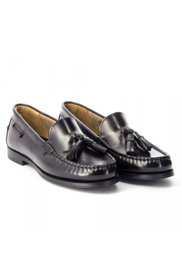Plaza Tassel Black Leather